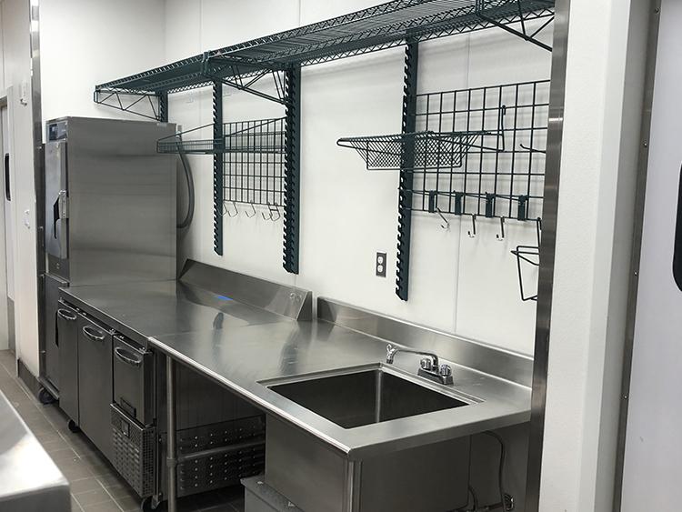 restaurant kitchen wire racks-la